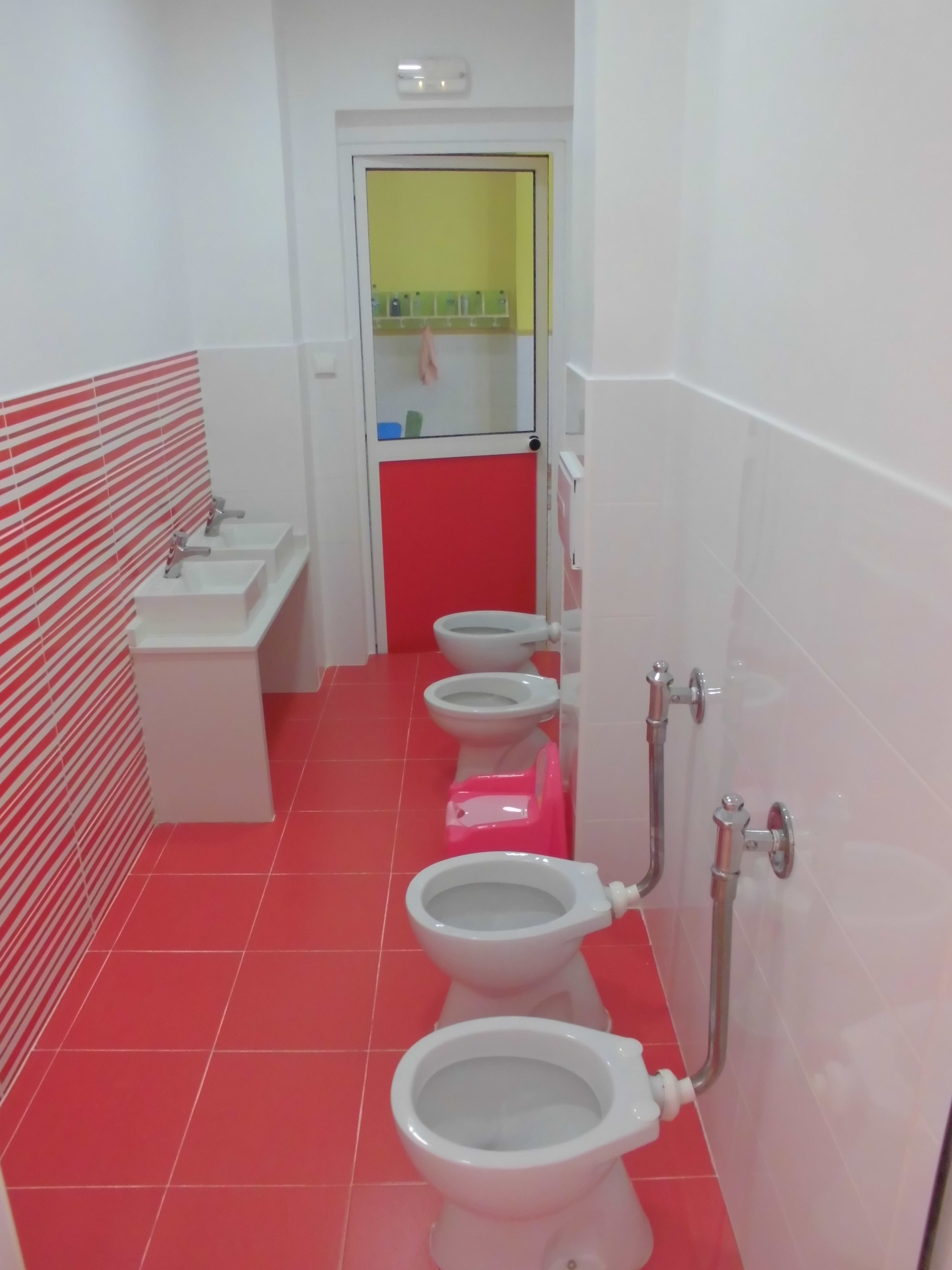Baños Para Guarderia:Escuela Infantil Pipo :: Valencia :: España